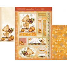 """Hunkydory  Thoughts of Autumn """"Harvest Bear"""" Luxury Card kit."""